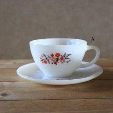 画像2: Fire King Primrose Tea Cup&saucer (2)