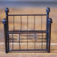 画像6: アンティークドールハウスベビーベッド/真鍮* (6)
