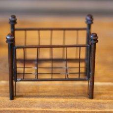 画像5: アンティークドールハウスベビーベッド/真鍮* (5)