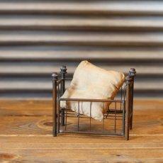 画像1: アンティークドールハウスベビーベッド/真鍮* (1)
