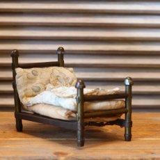 画像1: アンティークドールハウスベッド/真鍮 (1)