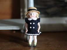 画像1: 麦わら帽子の可愛いミニョネット (1)