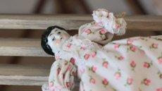 画像4: 小花ドレスのチャイナヘッドドール (4)