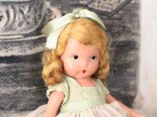 画像3: 若草色ドレスのNancy Ann / ナンシー アン ドール (3)