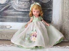 画像1: 若草色ドレスのNancy Ann / ナンシー アン ドール (1)