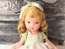 画像2: 若草色ドレスのNancy Ann / ナンシー アン ドール (2)