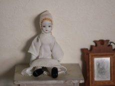画像1: 白い女の子/ビスクドール (1)
