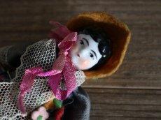 画像7: 黄色いお帽子のチャイナヘッドドール (7)