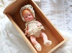 画像2: Nancy Ann Storybook Baby K&H Bisque Doll/Wood Cradle/Original Box/RARE Pamphlet /A (2)