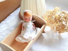 画像1: Nancy Ann Storybook Baby K&H Bisque Doll/Wood Cradle/Original Box/RARE Pamphlet /E (1)