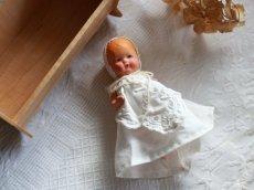 画像3: Nancy Ann Storybook Baby K&H Bisque Doll/Wood Cradle/Original Box/RARE Pamphlet /E (3)