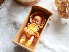 画像5: Nancy Ann Storybook Baby K&H Bisque Doll/Wood Cradle/Original Box/RARE Pamphlet /D (5)