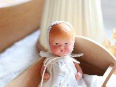 画像2: Nancy Ann Storybook Baby K&H Bisque Doll/Wood Cradle/Original Box/RARE Pamphlet /E (2)