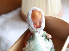 画像2: Nancy Ann Storybook Baby K&H Bisque Doll/Wood Cradle/Original Box/RARE Pamphlet /C (2)