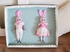 画像1: Gebruder Kuhnlenz Easter Bunny Pair Box  B /5 1/2in/Germany (1)