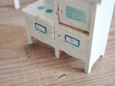 画像10: RARE!! Antique Doll House Furniture Kitchen SET (10)