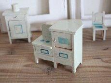 画像8: RARE!! Antique Doll House Furniture Kitchen SET (8)