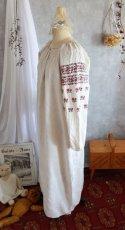 画像2: ウクライナ刺繍ワンピース (2)