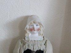 画像2: RARE!!HERTWIG&CO./Bisque Bonnet Doll with Red Muslin Body/ 5 4/3 in  /  Germany (2)