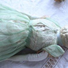 画像11: オーガンジードレスのチャイナヘッドドール EK08181801 (11)