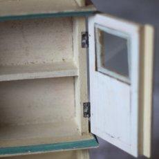 画像6: ドールハウス アンティークカップボード (6)