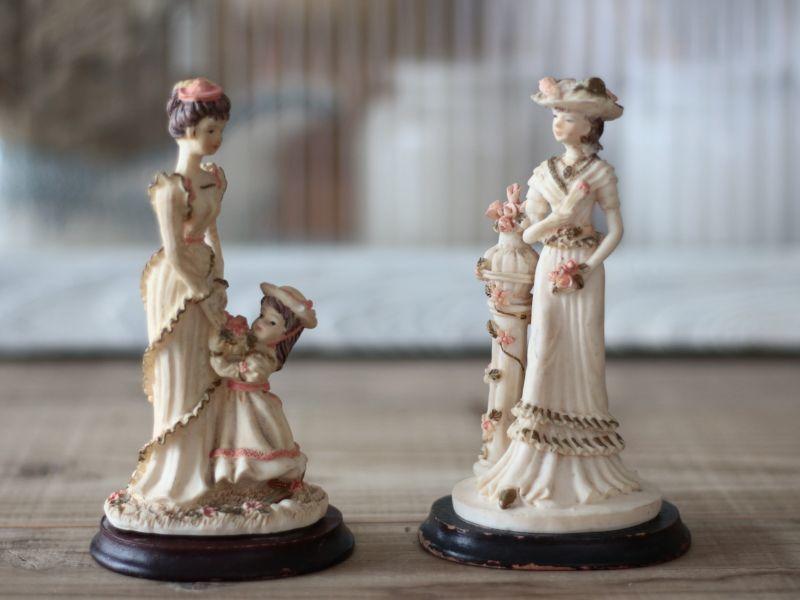 画像1: フランス 陶器の置き人形 (1)