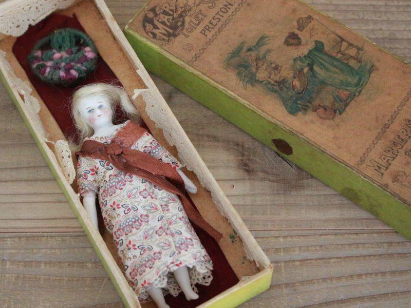 画像1: Margerison's Superfine Soap BOX&Bisque Doll 4.5in (1)