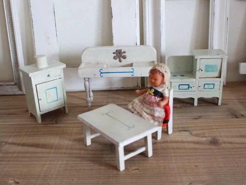 画像1: RARE!! Antique Doll House Furniture Kitchen SET (1)