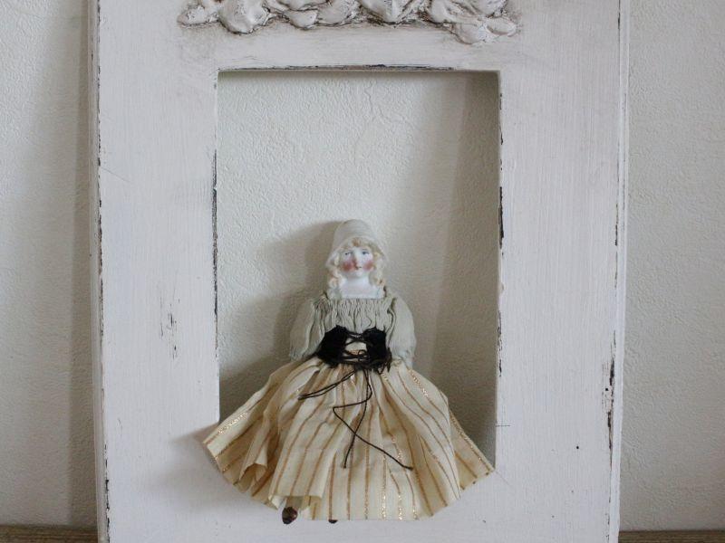 画像1: RARE!!HERTWIG&CO./Bisque Bonnet Doll with Red Muslin Body/ 5 4/3 in  /  Germany (1)