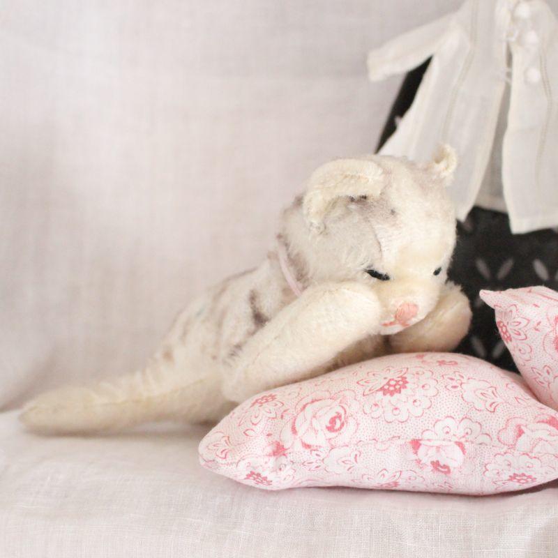 画像1: Antique Steiff Floppy Kitty (1)