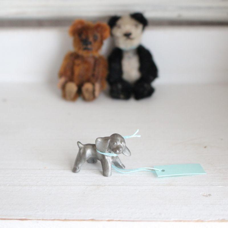 画像1: ミニチュアピューター犬* (1)